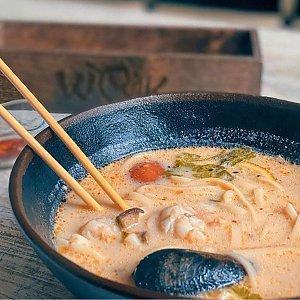 Том Кха с морепродуктами, WOK Dragon