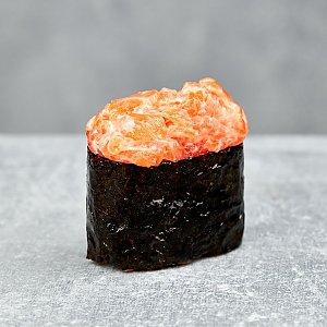 Гункан с лососем, Буфет