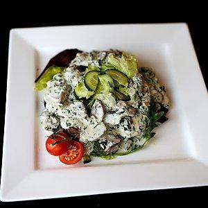 Салат MARTIN со шпинатом и говядиной, Martin Cafe