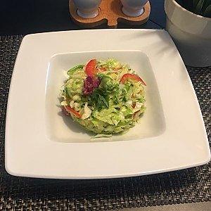 Салат из свежей капусты с маслом, Martin Cafe