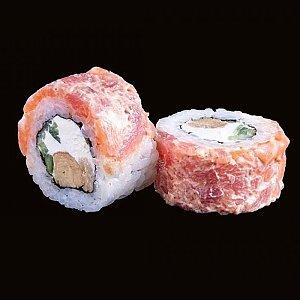 Ролл с острым лососем, тунцом и омлетом Тамаго, CAFE GARAGE - Гомель