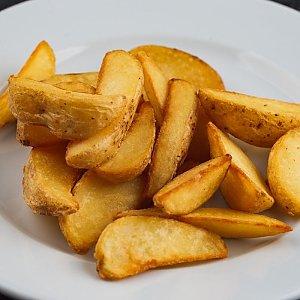 Картофельные дольки с корнишонами, Волшебник