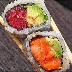 Урамаки Сочный Тунец, Fusion Food