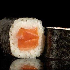 Хосо маки с лососем, Fusion Food