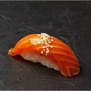 Нигири с копченным лососем, Fusion Food