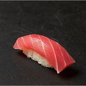 Нигири с тунцом, Fusion Food