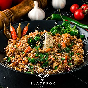 Лапша удон c курицей, Black Fox Bar