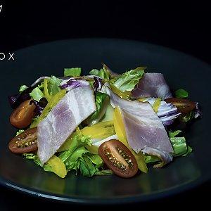 Острый салат с ветчиной, Black Fox Bar - Барановичи