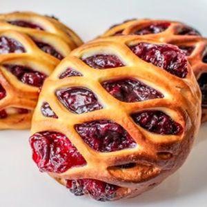 Мини-пирог с вишней, Штрудель