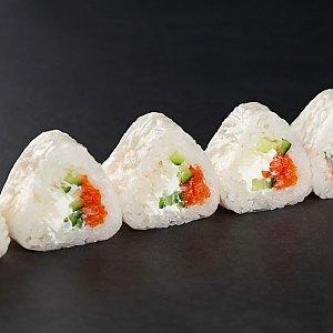 Ролл в рисовой бумаге с лососем и огурцом, SUSHI SHOP