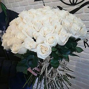 Букет из 101 белой розы, Lotus Flower