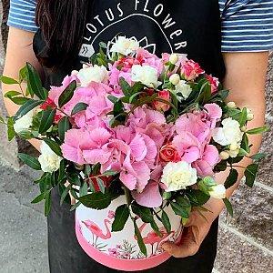 Композиция с гортензией, Lotus Flower