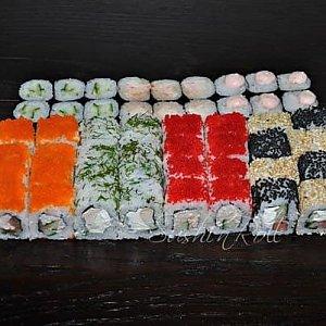 Сет Пятница, Sushi n Roll