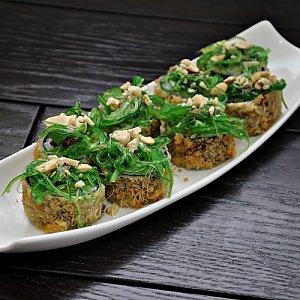 Овощная темпура с кешью, Sushi n Roll
