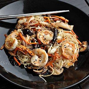 Якисоба с креветками и шиитаке, Sushi n Roll