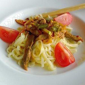 Бифу Яки с рисовой лапшой, ASIAN FOOD