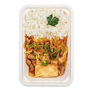 Корейское жаренное кимчи со свининой и тофу, КАРАФУТО