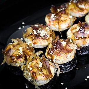 Запеченный ролл Бонито, YoYo Sushi