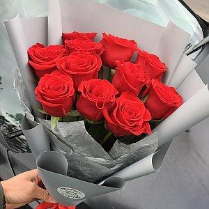 Букет 11 роз в упаковке, FRESH FLOWERS