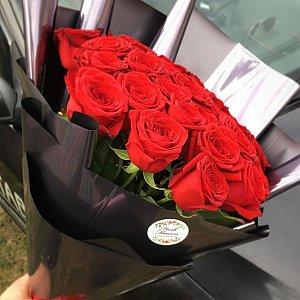 Букет 25 роз в космической упаковке, FRESH FLOWERS