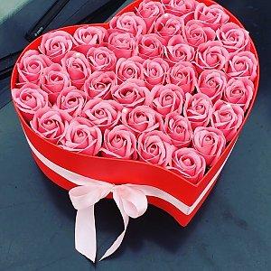 Большое сердце из неувядающих роз, FRESH FLOWERS