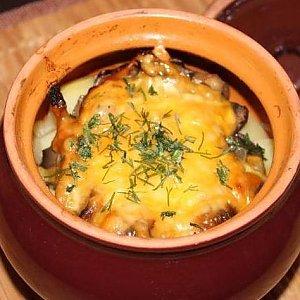 Картофельная бабка с грибами, Кафе Трактир