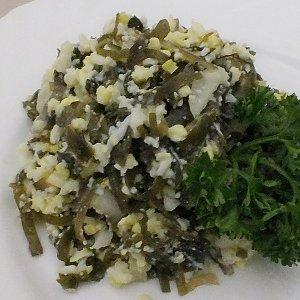Салат из морской капусты с луком и яйцом, Ирина-Сервис