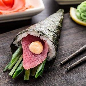 Темаки Магуро, Суши Хата