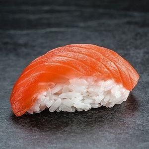 Нигири с лососем, SUSHI SUN
