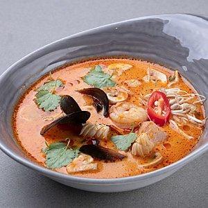 Суп Том Ям, Шикари