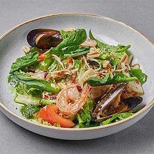 Салат с морепродуктами, Шикари