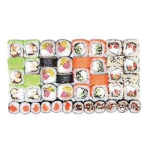 Сет Наруто, Tokyo Sushi