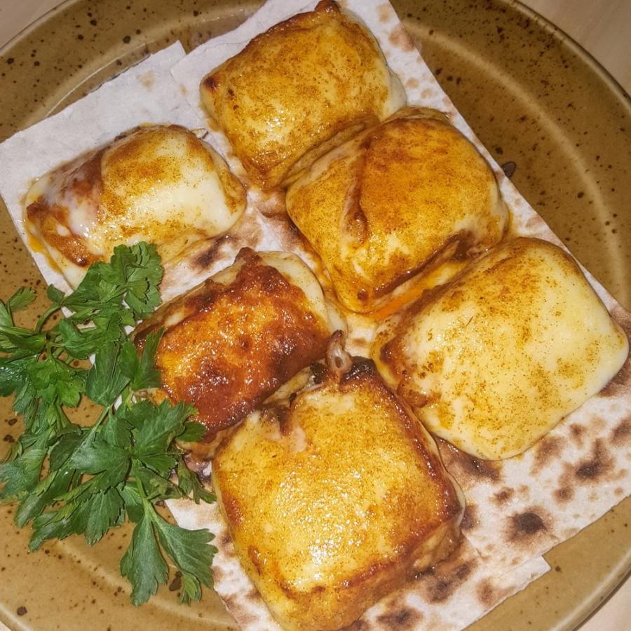 Купить Сыр Сулугуни (за 100г), Кафе Закуток
