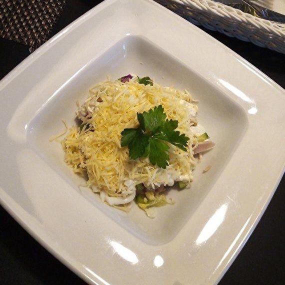 Салат Полесский, Martin Cafe  - купить со скидкой
