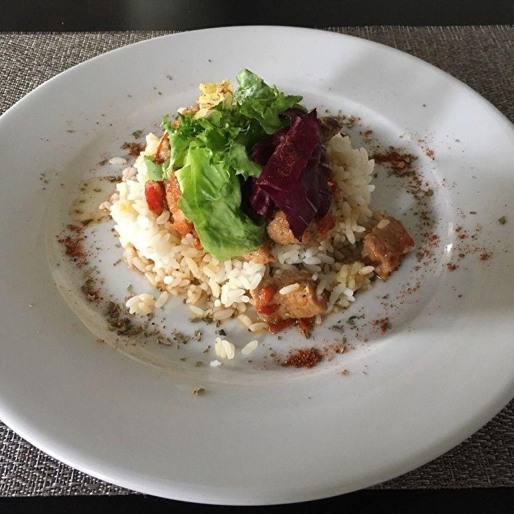 Мясо по-тайски с рисом, Martin Cafe  - купить со скидкой