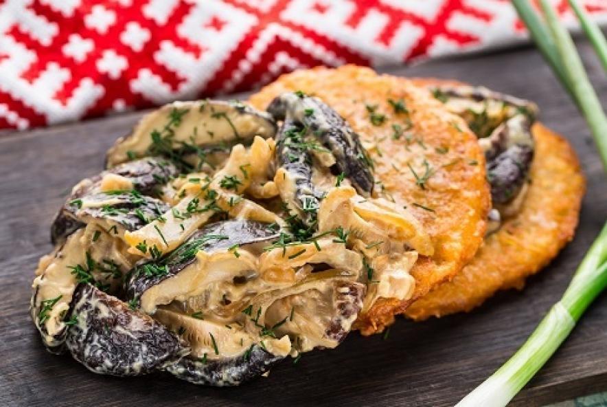 Купить Драники с грибной мачанкой (4шт), Суши Хата