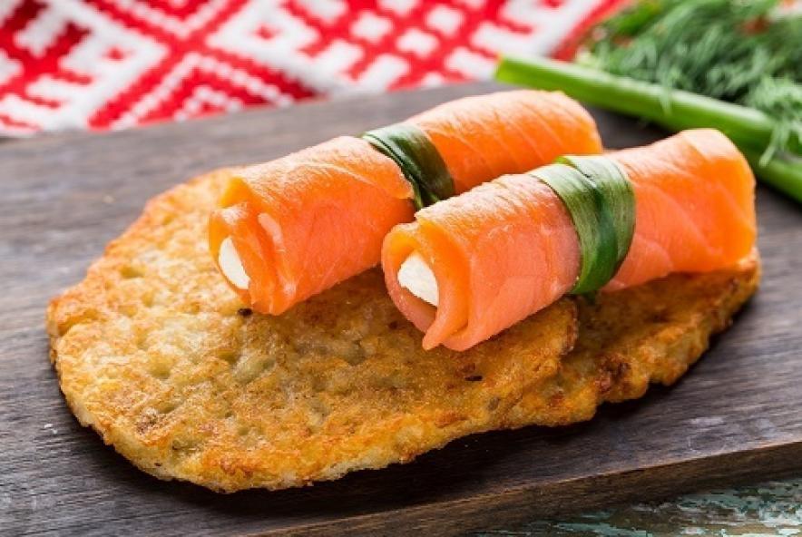 Купить Драники с лососем (2шт), Суши Хата